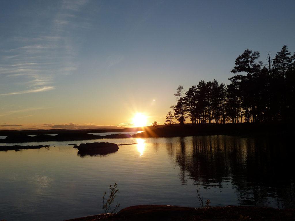 Sonnenuntergang in Finnland / Lappland