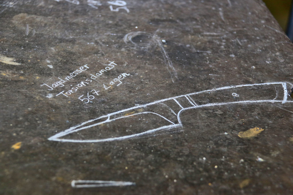 Messer Skizze - Herstellung Damast-Messer